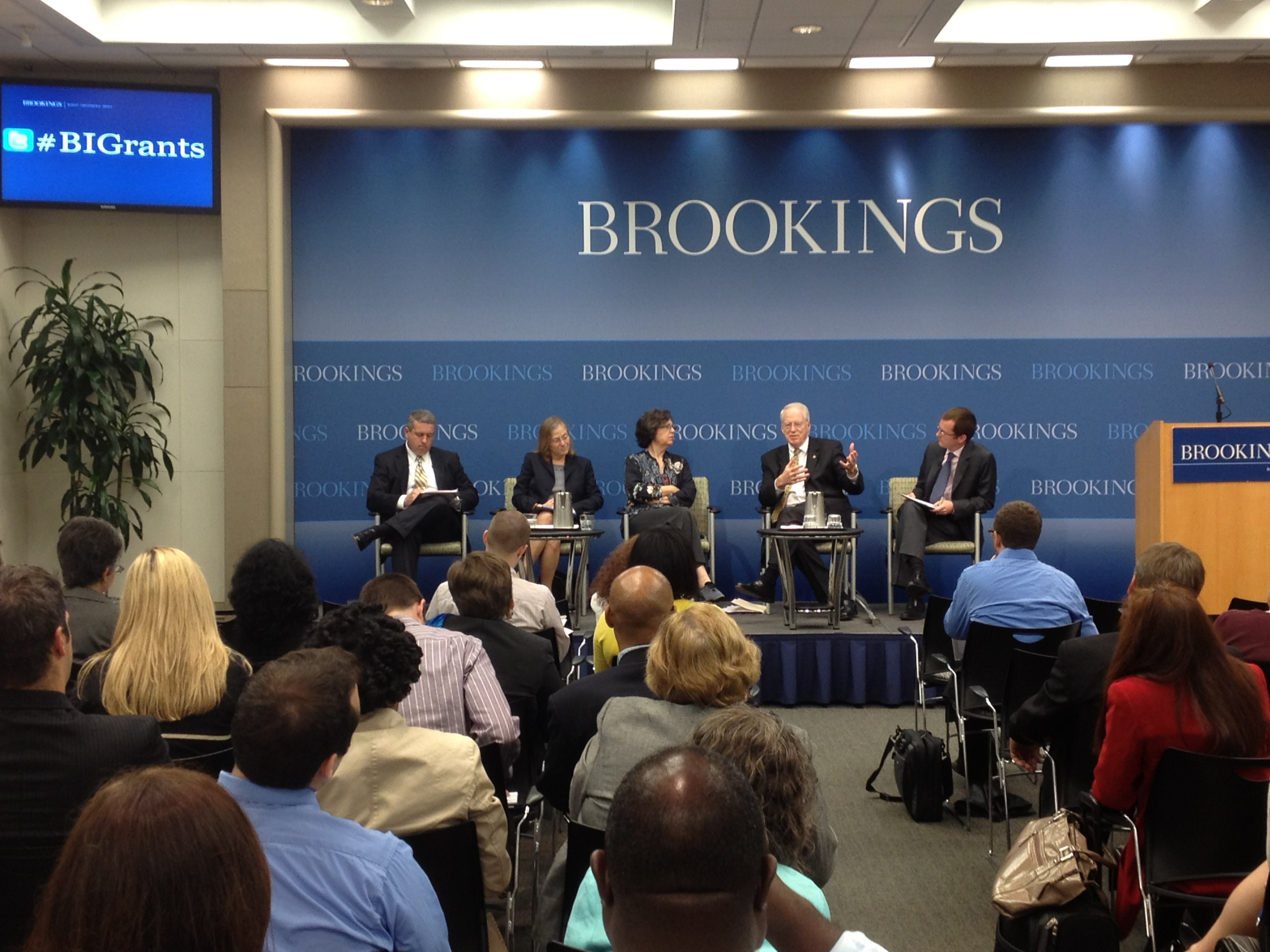nasfaa brookings institute recommends states simplify aid programs